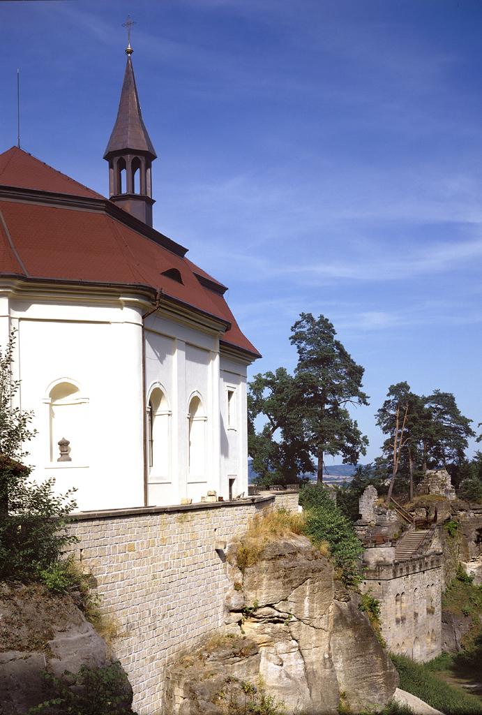 Hrad Valdštejn, obrázek se otevře v novém okně
