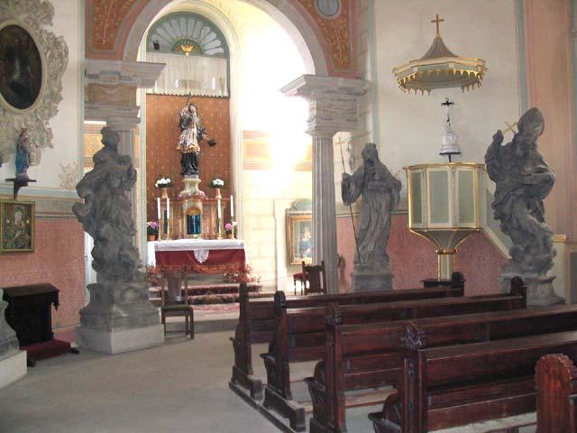 Kostel, obrázek se otevře v novém okně